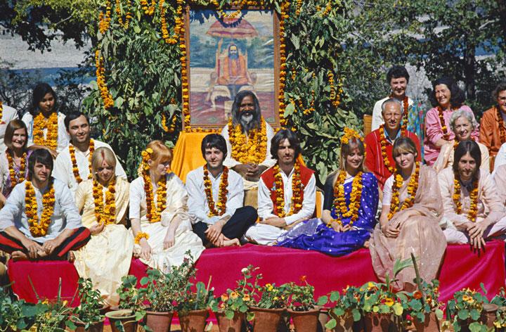 16-The-Beatles-in-Rishikesh1-1